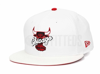 "Chicago Bulls Glacial White & Faux Pebbled Scarlet Air Jordan XIII ""History of Flight"" New Era Hat"