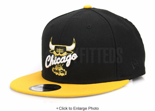 "Chicago Bulls Jet Black Argent Gold Air Jordan I ""New Love"" Matching New Era Snapback"