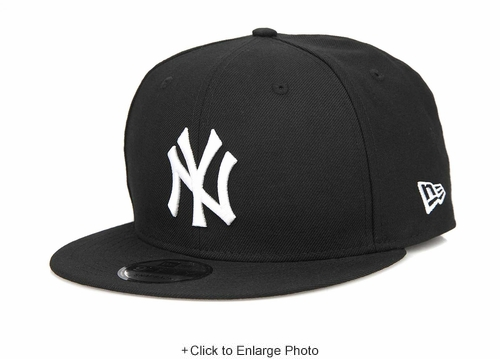 New York Yankees Jet Black Glacial White Classic New Era Snapback Hat
