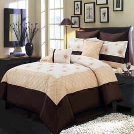 Madison Gold 8-Piece Comforter Set Calking Size