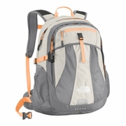 The North Face Recon Backpack Daypack - Women's