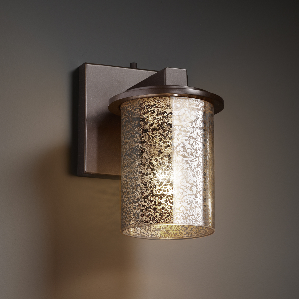 Justice Design (FSN-8771) Dakota 1-Light Wall Sconce from the Fusion Collection