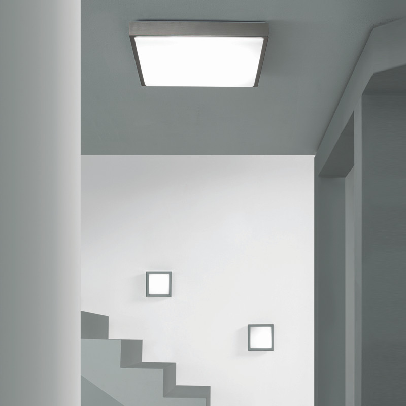 linea modern wall sconce in brushed aluminum