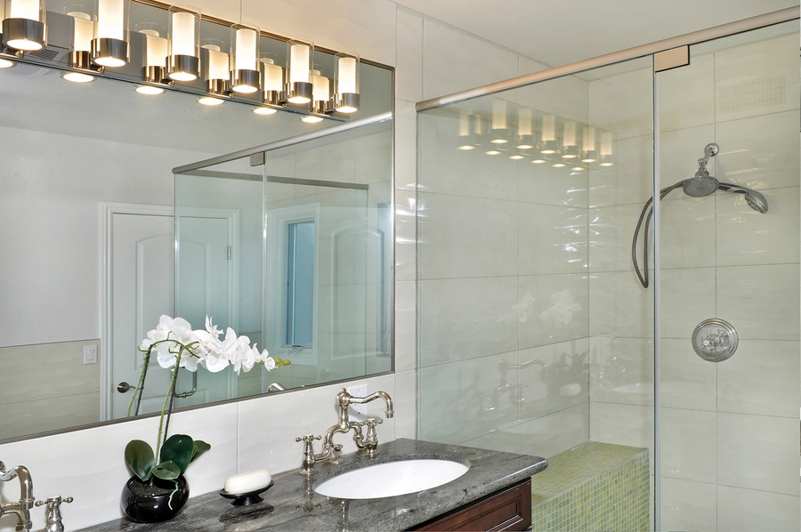 Maxim Lighting  23076  Silo 6 Light Bath Vanity shown in Polished Chrome  with Clear Frosted GlassLighting  23076  Silo 6 Light Bath Vanity shown in Polished Chrome  . Clear Glass Bathroom Vanity Lights. Home Design Ideas