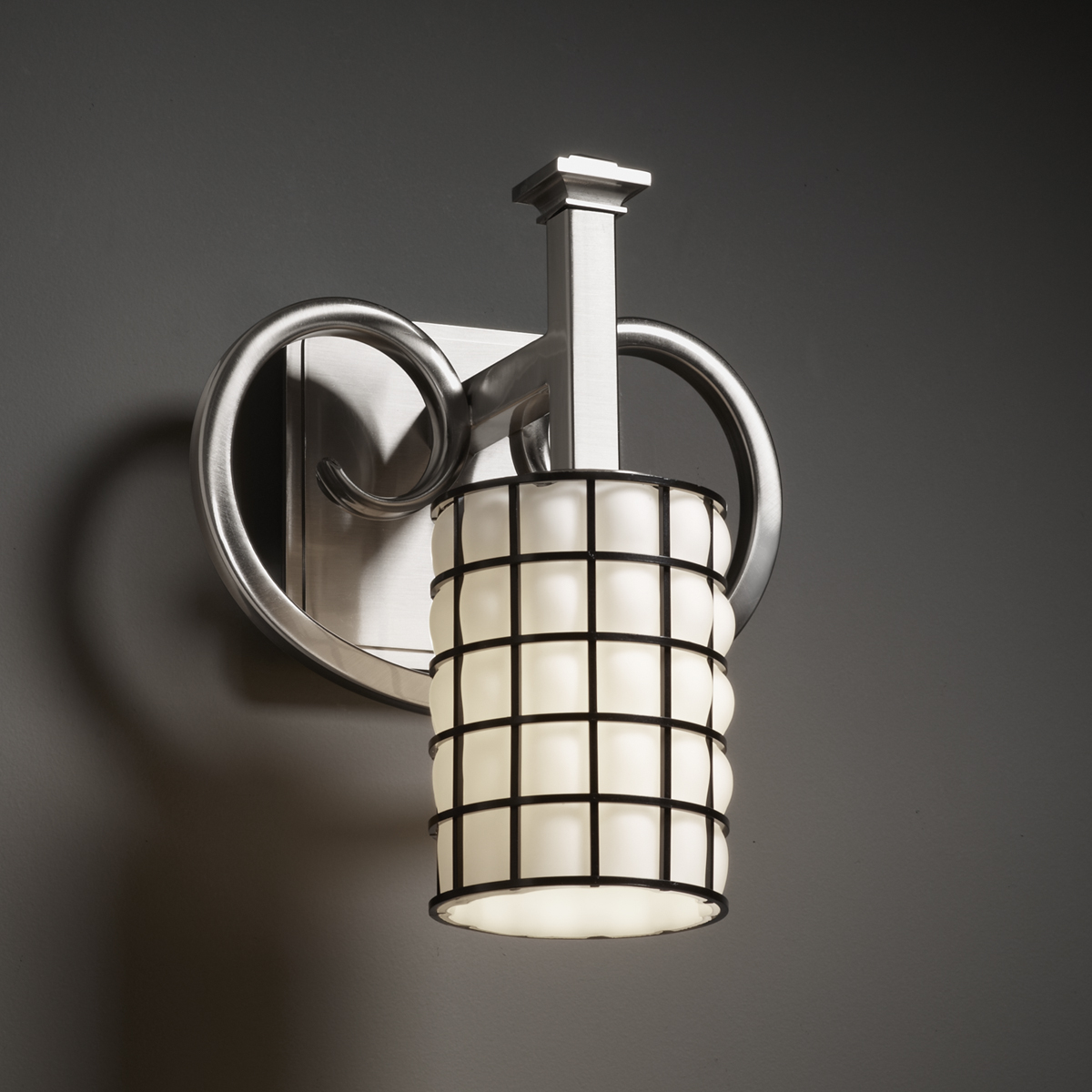 Justice Design (WGL-8581) Heritage 1-Light Wall Sconce from the Wire Glass Collection
