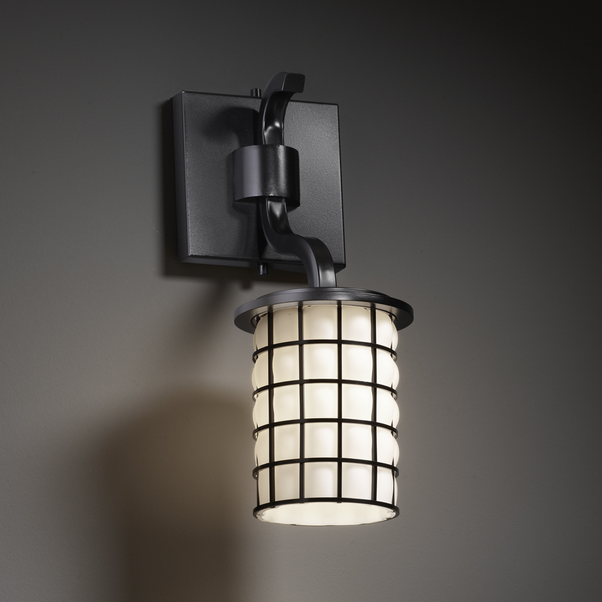Wall Sconce With Wire : Justice Design (WGL-8781) Sonoma 1-Light Wall Sconce (Short) from the Wire Glass Collection