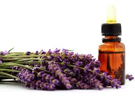Essential Oils for Skin Types and Conditions in African American Skin