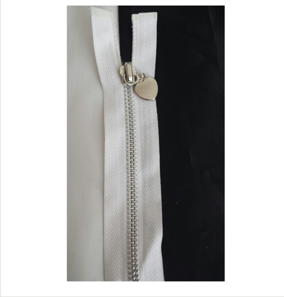 9c36fd380ede 1 piece off white silver metal teeth with silver metal heart open end  zipper 16 inches long.