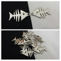 1 piece silver metal fish shape jewerly pendant 39 mm.