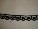Black narrow scalloped lace trim. 1/2 W L3-8