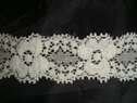 Ivory stretch 3 D embossed lace trim 1 inch w S-2-3