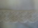 1Y Ivory Scalloped Floral Lace Trim 1 1/4 W L2-1