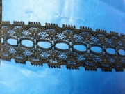 Insert poly black lace trim 1 inch wide L 9-9