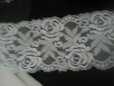 White stretch rose double scalloped trim 3.5 S5-2