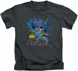 Batman kids t-shirt Cape Outstretched charcoal