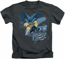 Batman kids t-shirt Into The Night charcoal