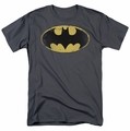 Batman t-shirt Distressed Shield mens charcoal