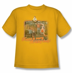Brady Bunch youth teen t-shirt Have A Very Brady Day! gold