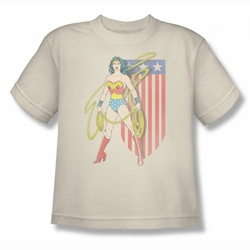DC Comics youth teen t-shirt Wonder Woman USA Banner cream