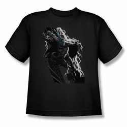 Justice League youth teen t-shirt Batman Lighting Crashes black