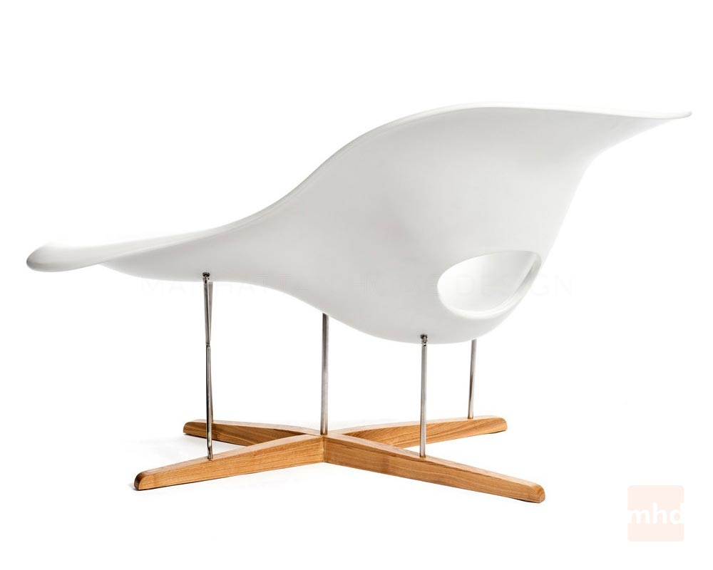 La chaise eames la chaise vitra for Eames chaise