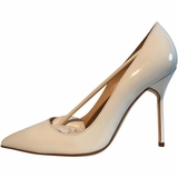 Manolo Blahnik Pointy Patent Leather Pumps - White