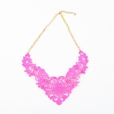 Plastik Krappe Purple Victorian Necklace
