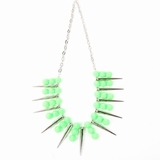 Plastik Krappe Spike Necklace - Green and Silver