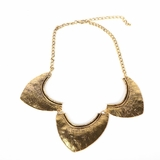 Rock Season Arrowhead Necklace in Gold