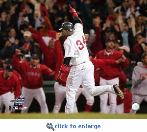 2004 ALCS Boston Red Sox David Ortiz Game 4 Home Run 8x10 Photo