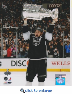2012 NHL Stanley Cup Dustin Brown 8x10 photo - Los Angeles Kings