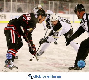 2014 NHL Stadium Series Chicago Toews Crosby Faceoff 8x10 Photo