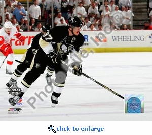 Sidney Crosby Game Three of the 2008-09 NHL Stanley Cup Finals 8x10 Photo