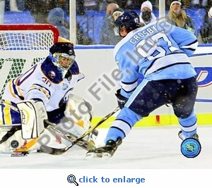 Sidney Crosby Game Winning Goal 2008 Winter Classic 8x10 Photo
