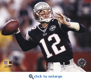 Tom Brady 2004 Passing Action - New England Patriots