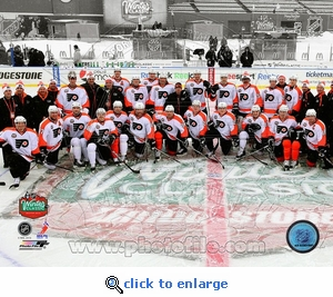 Winter Classic 2010: Flyers Team Photo 8x10 Photo - Philadelphia Flyers