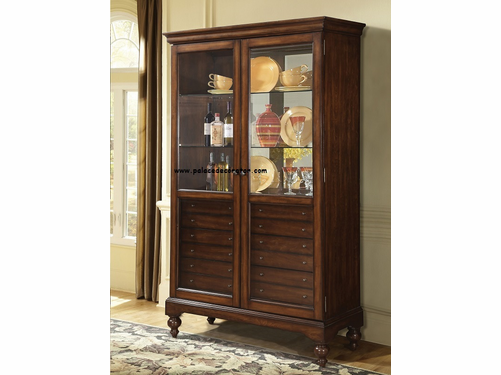 Cherry Finish Curio cabinet