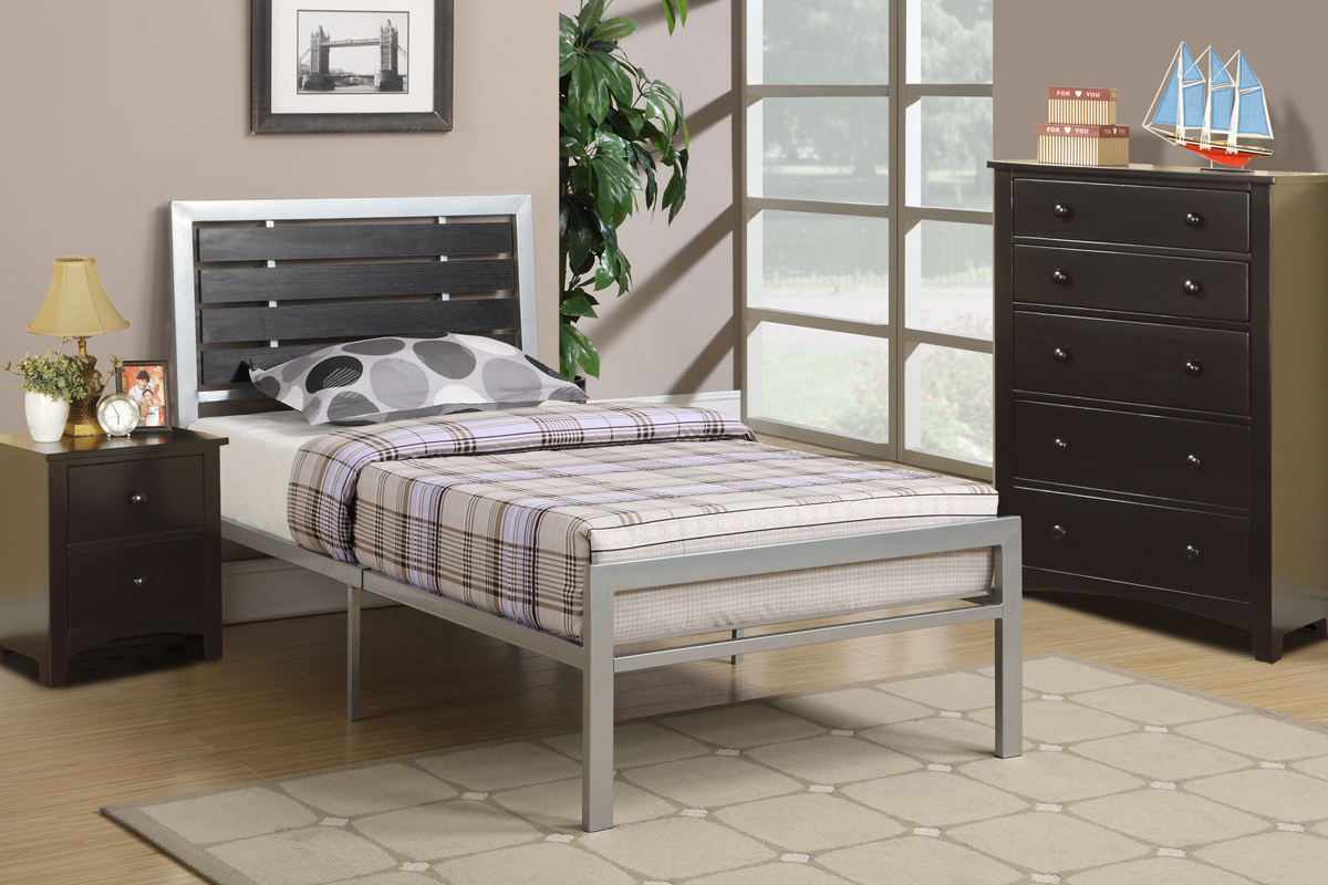 Poundex associates f9412f bobkona xii full size bed frame for Full size bed frame