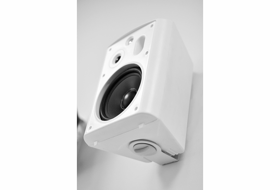 "AP640 Outdoor High Performance Patio Speaker 6.5"" 2-Way Pair"