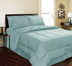 Dartmouth Down Alternative Comforter:  Turquoise