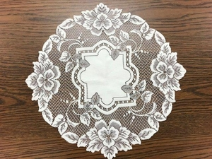 """Heritage Lace 16"""" round daily"""