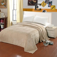 Leaf Etched Blanket - Cream