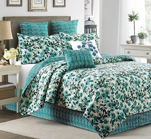 Peony Stripes Deluxe King Quilt Set by Sara Berrenson