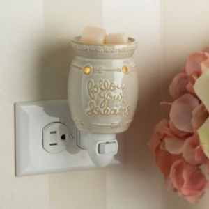 Plug In Fragrance Warmer - Follow Your Dreams