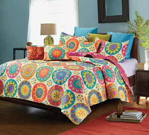 Virah Bella Quilt Collection Suri