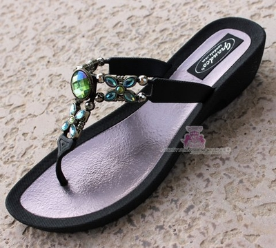 Grandco Beach Dressy Dot Rainbow AB Jeweled Black Sandals