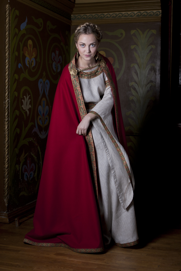 Medieval Cloaks for Cold Weather