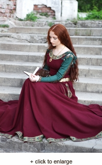 "Medieval Wool Dress ""Green Sleeves"""