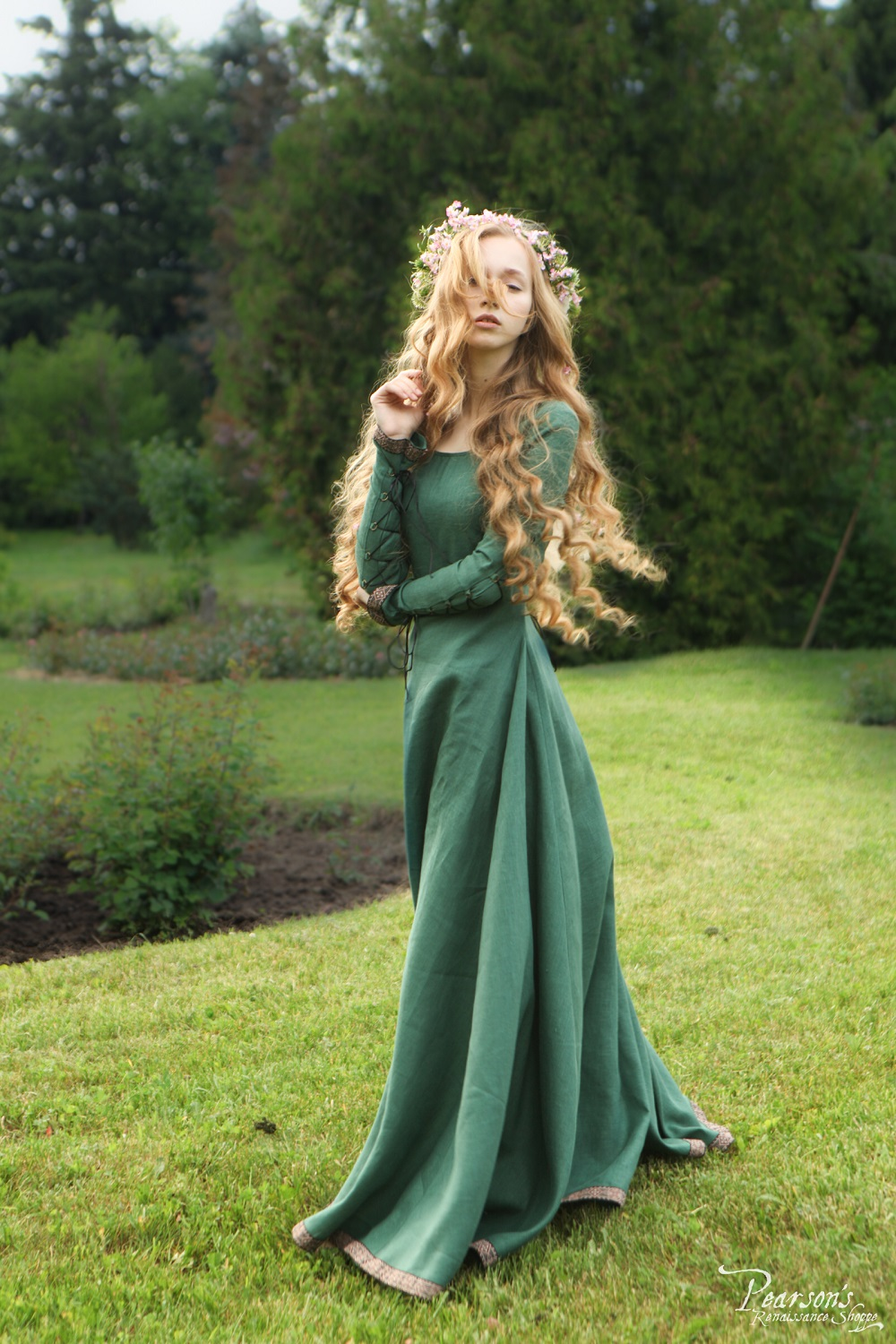 "Bridesmaid Dress ""Secret Garden"" - medieval renaissance ..."