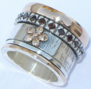 Spinner Ring  gold  & silver flower Garnets Bluenoemi